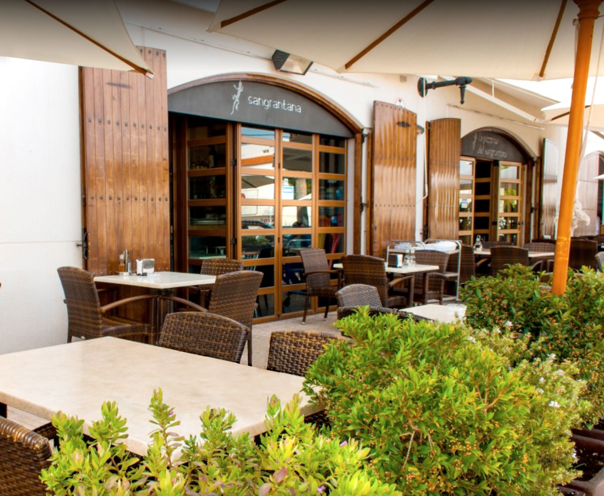 Restaurante en ibiza arcdisseny interiorismo y decoraci n for Interiorismo y decoracion